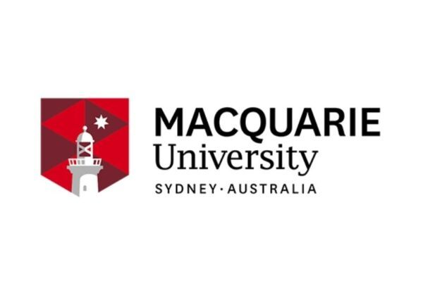 universitas macquarie logo