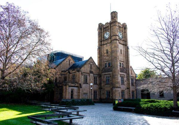 37 Universitas Terbaik di Australia 2021: Versi QS World University Rankings dan Versi Times Higher Education