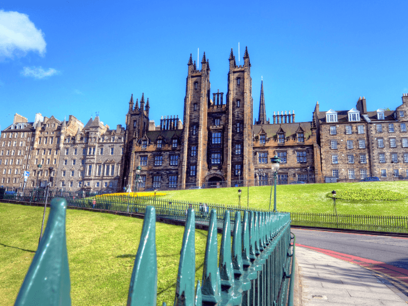 100 Universitas Terbaik di Dunia 2021, Versi QS World University Rankings (QS WUR) dan Versi Times Higher Education's World University Rankings (THE)