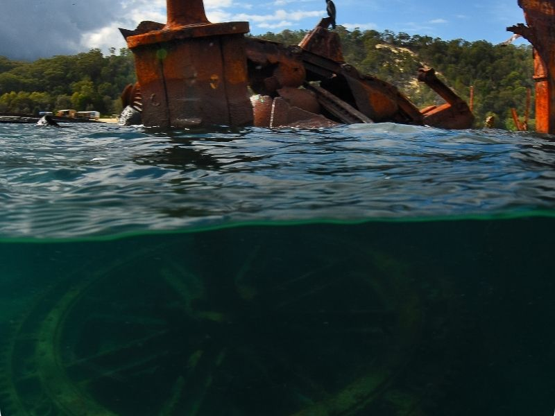 shipwrecks di moreton island