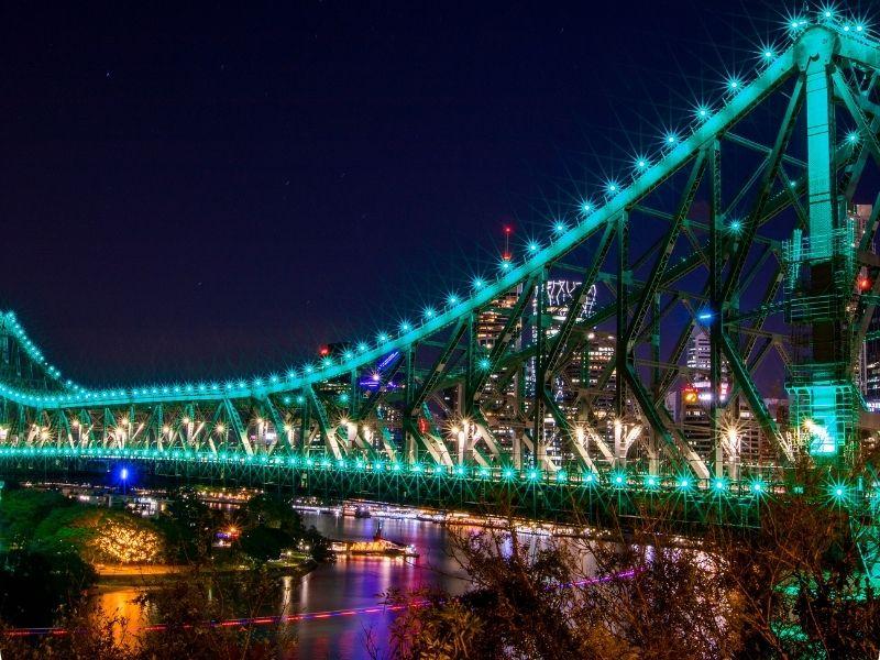 story bridge malam hari