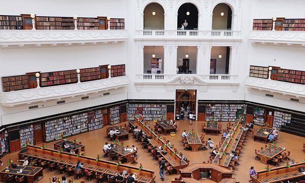 state library melbourne. universitas termurah di australia