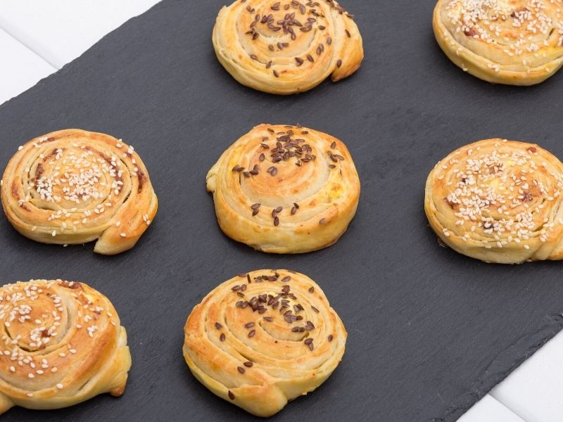 cheese and bacon rolls without yeast
