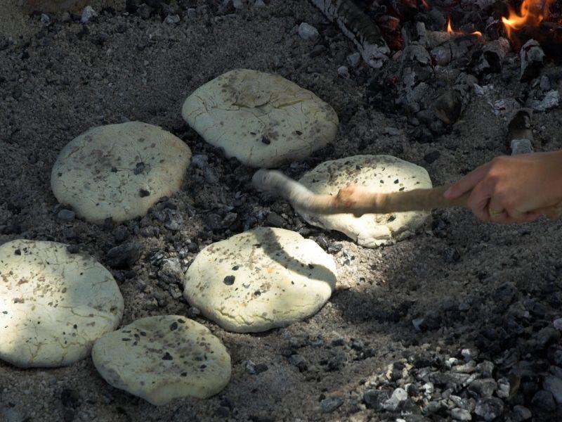 How to Make Australian Traditional Damper Recipe?